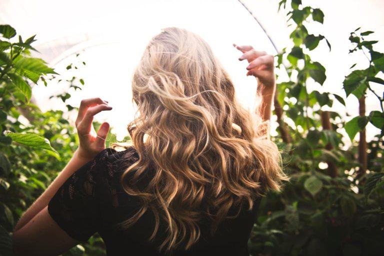 Henna jest odpowiednia dla osób uczulonych na barwniki syntetyczne